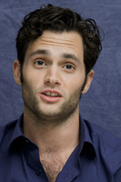 Penn Badgley picture G752412