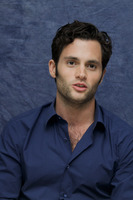 Penn Badgley picture G752413