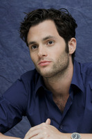 Penn Badgley picture G752416