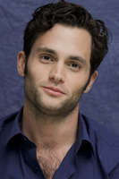 Penn Badgley picture G752417