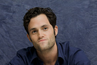 Penn Badgley picture G752418