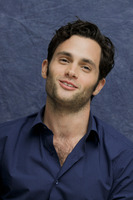 Penn Badgley picture G752419
