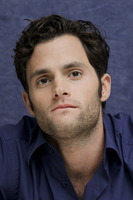 Penn Badgley picture G752420