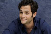 Penn Badgley picture G752423