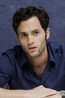 Penn Badgley picture G752428