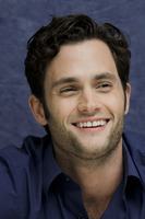 Penn Badgley picture G752429