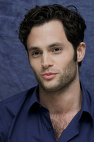 Penn Badgley picture G752430