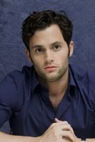 Penn Badgley picture G752435