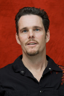 Kevin Dillon poster G754841