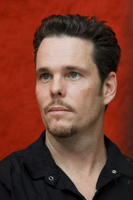 Kevin Dillon poster G754842