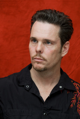 Kevin Dillon poster G754843