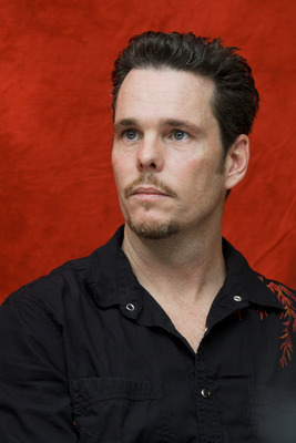 Kevin Dillon poster G754845