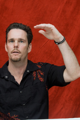 Kevin Dillon poster G754849