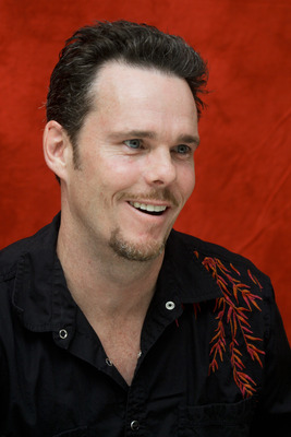 Kevin Dillon poster G754850