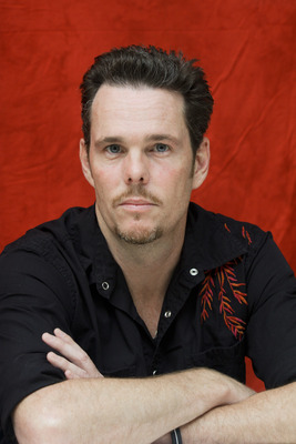 Kevin Dillon poster G754854