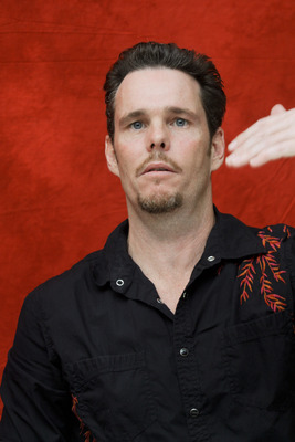 Kevin Dillon poster G754856
