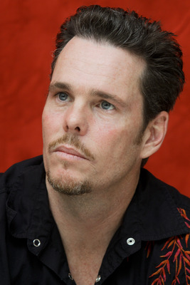 Kevin Dillon poster G754857