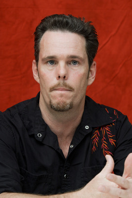 Kevin Dillon poster G754858