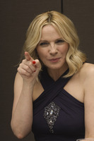 Kim Cattrall picture G756106