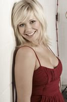 Suzanne Shaw picture G759084