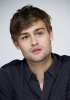 Douglas Booth picture G759506