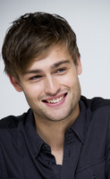 Douglas Booth picture G759508