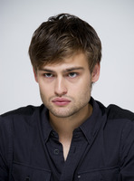 Douglas Booth picture G759512
