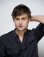 Douglas Booth picture G759514