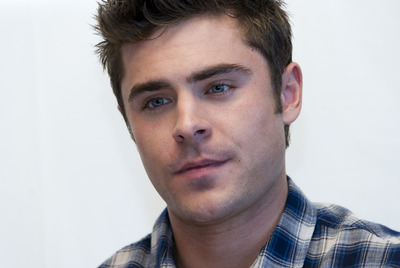 Zac Efron poster G759680