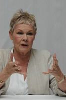 Judi Dench picture G759851