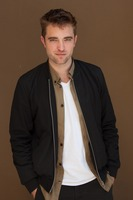 Robert Pattinson picture G761075