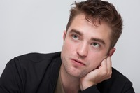 Robert Pattinson picture G761077
