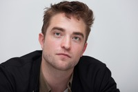 Robert Pattinson picture G761078