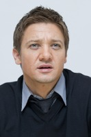 Jeremy Renner picture G761129