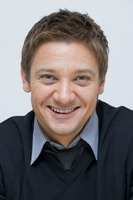 Jeremy Renner picture G761131