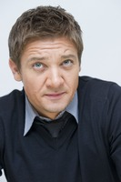 Jeremy Renner picture G761132