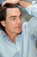 Peter Gallagher picture G762068