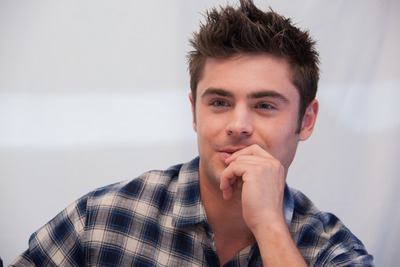 Zac Efron poster G763651