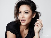 Shay Mitchell picture G763860