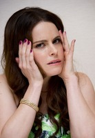 Emily Hampshire picture G766067