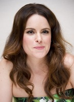 Emily Hampshire picture G766068