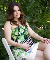 Emily Hampshire picture G766074