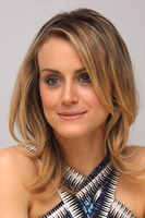 Taylor Schilling picture G767364
