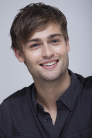 Douglas Booth picture G767808