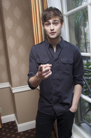 Douglas Booth picture G767811