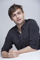 Douglas Booth picture G767812