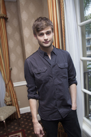 Douglas Booth picture G767813