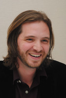 Aaron Stanford picture G768750
