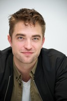 Robert Pattinson picture G769897