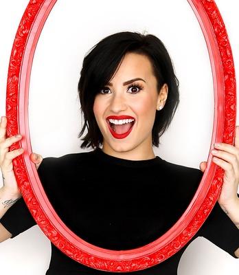 Demi Lovato poster G771646